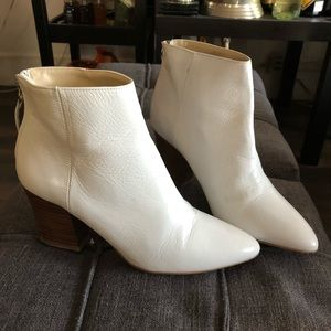 NEW. ZARA WHITE LEATHER HEELS BOOTS BOOTIES